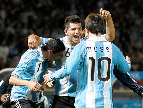 Argentina vence o Equador por 2 a 1 em amistoso