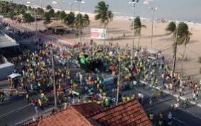 Na Capital, manifestantes organizam protesto contra classe política e pela Lava Jato