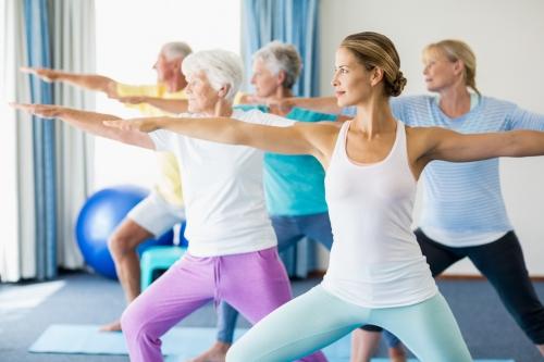 Alguns motivos pelos quais os idosos devem fazer Pilates