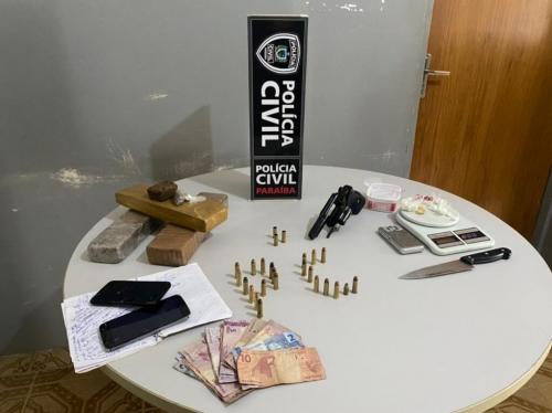 Polícia Civil apreende arma, munições e maconha durante confronto com suspeito de tráfico