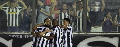 Pelo carioca, Botafogo duela com o Maca� para manter lideran�a