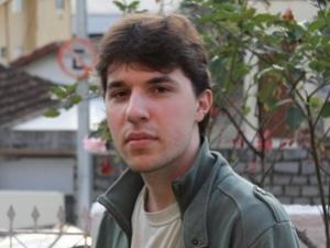 Universitário se recusa a fazer trabalho sobre Marx e escreve carta
