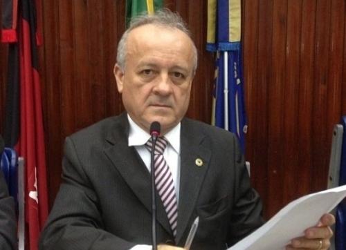 Deputado Branco Mendes solicita retomada de obra asfáltica em rodovia do Litoral Sul