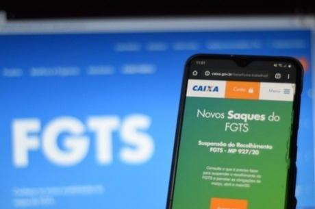 CEF libera saques do FGTS para os nascidos em julho