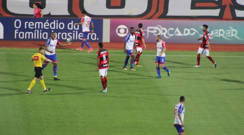 Atlético-GO e Bahia empatam no Olímpico e se complicam na tabela