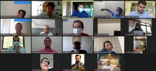 ALPB mantém ritmo de trabalho aprovando e debatendo projetos para amenizar efeitos da pandemia