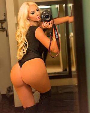 Nicolette Shea, a nova modelo de filmes pornô arrasa