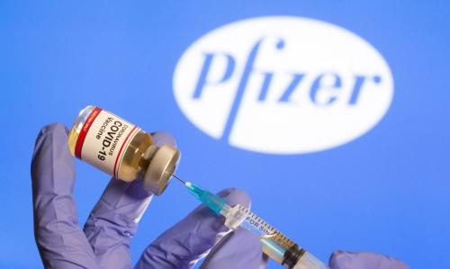 Vacina da Pfizer contra Covid-19 deve chegar ao Brasil até março