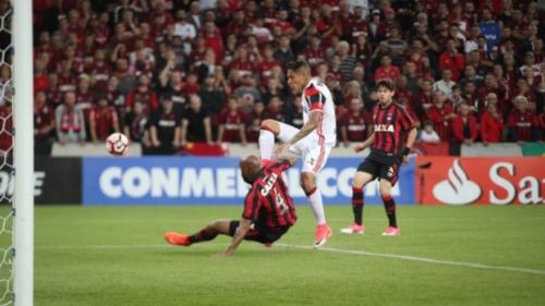 EM BRASÍLIA: Flamengo e Athletico decidem a Supercopa do Brasil