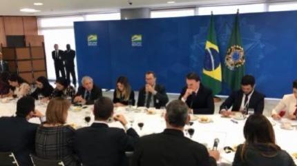General Heleno se revolta com a canalhice do presidiário Lula