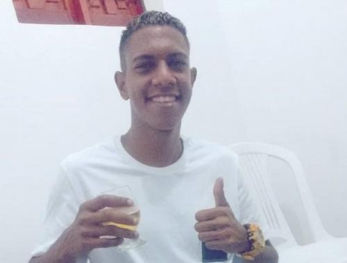 Jovem de 19 anos morre depois de ter sido baleado em Mandacaru