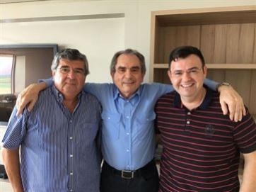 Movimento liderado por Lira ganha reforço do ex-governador Paulino e do deputado Raniery