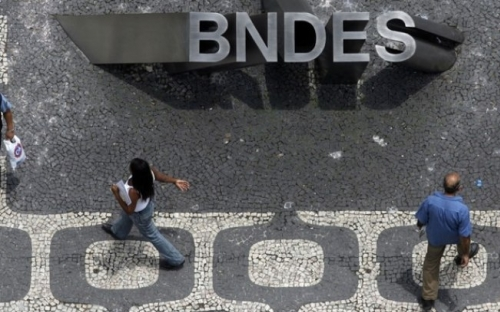 """BNDES planeja abrir """"caixa-preta"""" e divulgar lista com seus 50 maiores devedores"""
