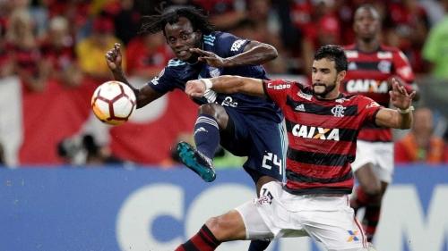 Fla garante classificação na Libertadores ao vencer o Emelec por 2 a 0