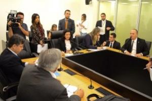 Projeto que combate as fakes é aprovado na CCJ da AL