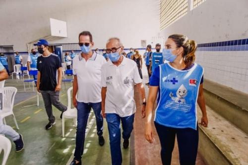 NESTE DOMINGO: PMJP anuncia 2ª dose da vacina contra contra a Covid-19 para um novo grupo