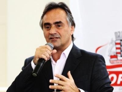 Cartaxo aposta no desmoronamento da base socialista e se prepara para disputar eleição