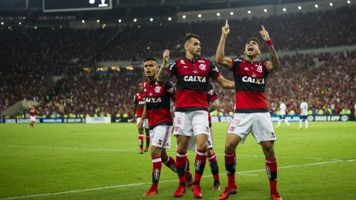 BRASILEIRÃO tem briga pela liderança e luta contra o Z-4; veja os jogos deste domingo