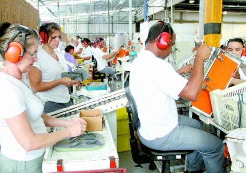 Empregados da Alpargatas se engajam em trabalho voluntário
