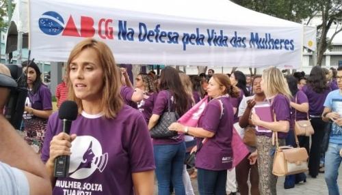 Ana Cláudia firma compromisso com os servidores públicos de Campina Grande