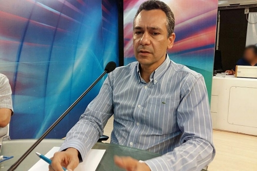 DIREITOS DOS SERVIDORES: MPPB entra com ação para anular decreto de Emerson Panta