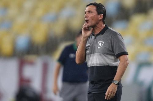 Botafogo carioca cluta contra desânimo diante da Portuguesa