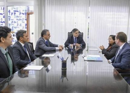 Gatunos esperam pegar dinheiro de empréstimo para turbinar campanha eleitoral na PB