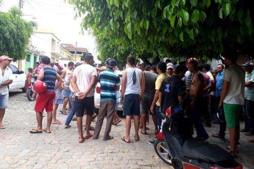 BANDIDO BOM É BANDIDO MORTO: comerciante reage a assalto e mata quatro
