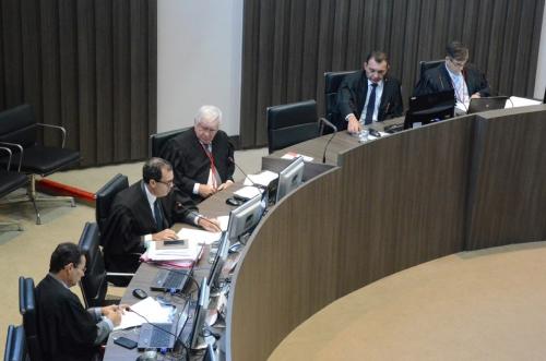 Por dez votos a três, Tribunal Pleno mantém prisão preventiva de Berg Lima