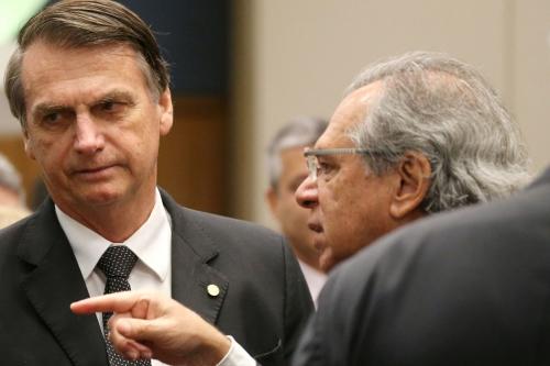 Bolsonaro diz que a fala de Guedes foi distorcida