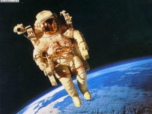 Astronauta brit�nico completa maratona no espa�o