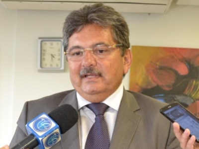 Se depender de Adriano Galdino, PSB e PMDB permanecem unidos