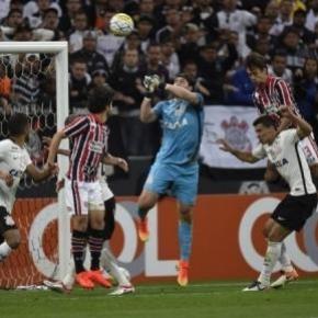 PAULISTÃO: São Paulo e Corinthians duelam no Morumbi
