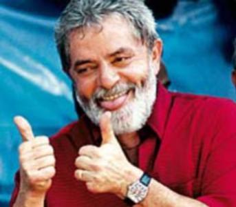 Como 'presidente de honra' do PT , o partido agora pode bancar despesas das viagens de Lula