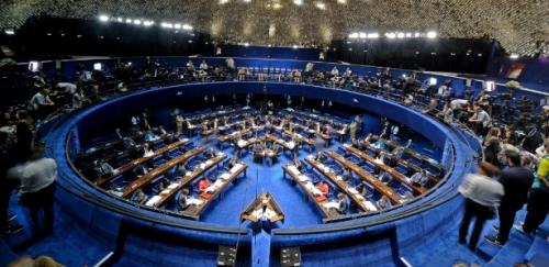 H� crime de responsabilidade e Dilma agravou crise, diz procurador