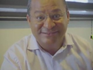 ATOLADO ATÉ O PESCOÇO: mais uma fraude de Nilvan no guia eleitoral é descoberta