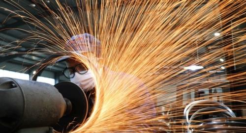 Confiança da indústria no Brasil subiu seu maior nível em mais de dez anos em novembro