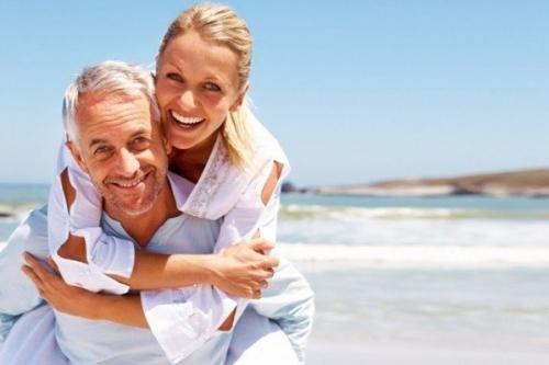 10 motivos que levam mulheres a escolher homens mais velhos
